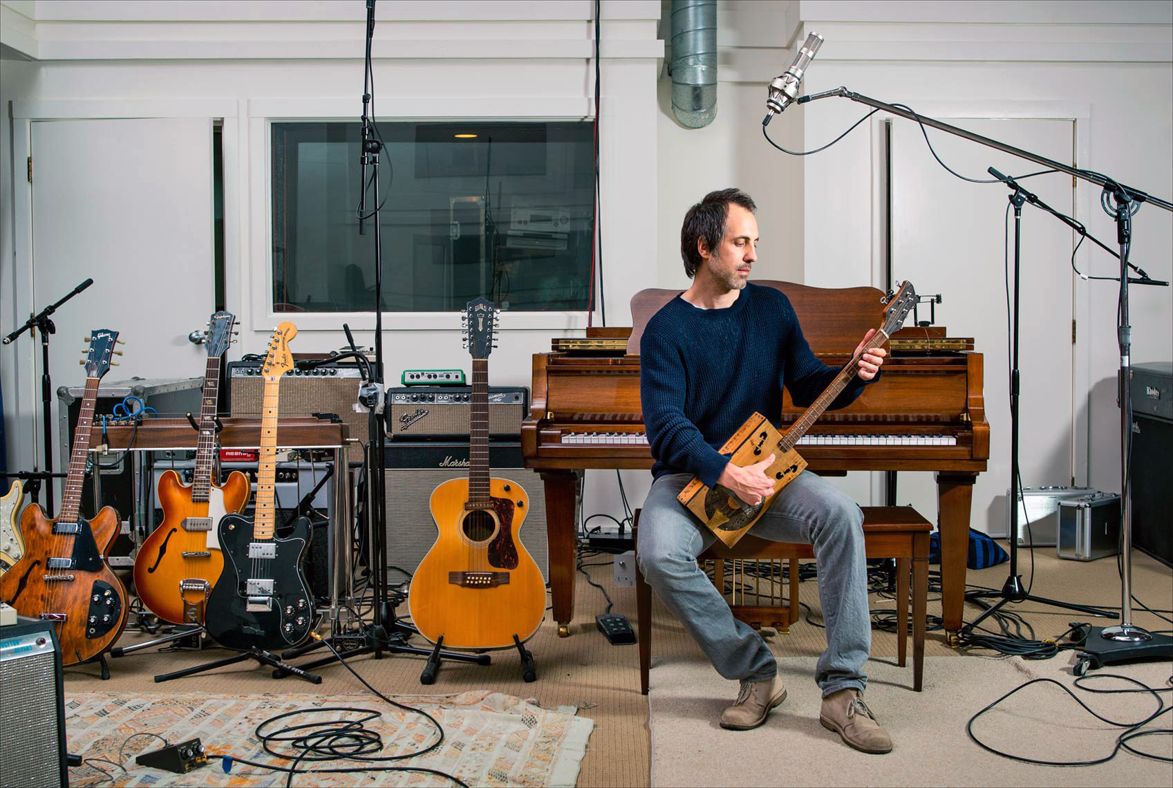 Marc Streitenfeld in Studio Instruments